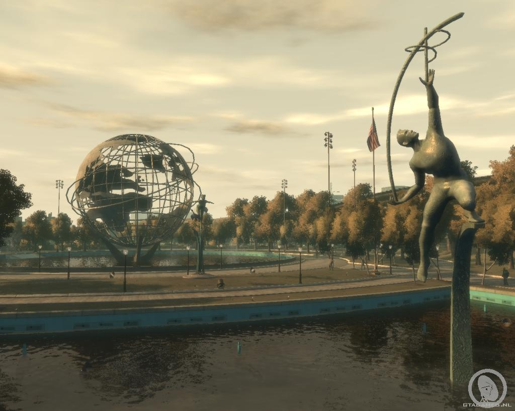The monoglobe & Statue